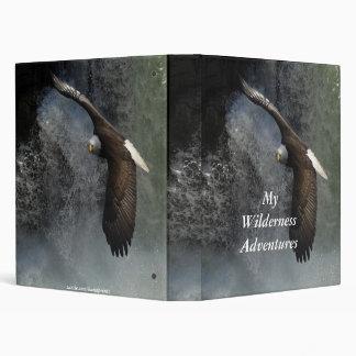 Eagle calvo y álbum de foto de las cascadas