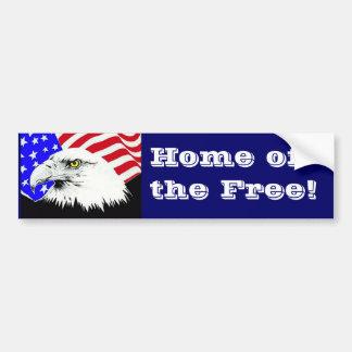 Eagle calvo y bandera americana pegatina de parachoque