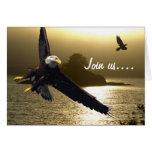 Eagle calvo y tarjetas de felicitación del cuervo