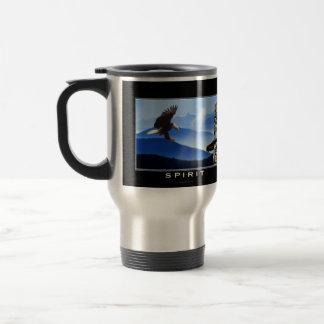 Eagle calvo y taza de consumición del tótem