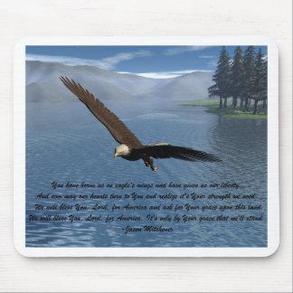 Eagle con el poema alfombrillas de raton