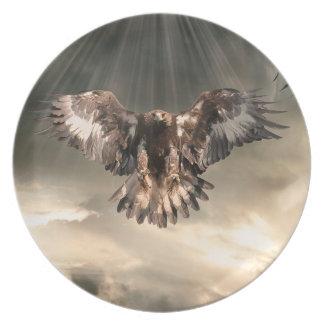 Eagle de oro plato de cena