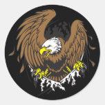 Eagle emergente etiquetas redondas