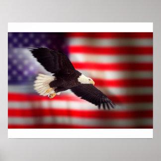 Eagle en el poster de la bandera americana