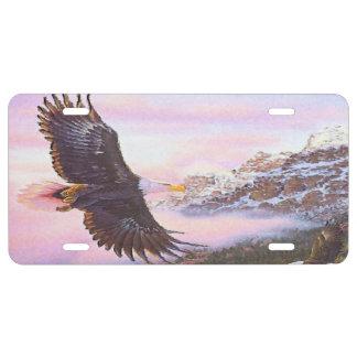 Eagle en placa de la niebla (ave rapaz) placa de matrícula