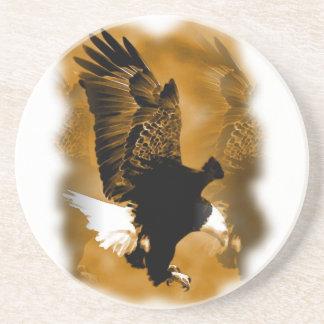 Eagle en vuelo posavasos para bebidas