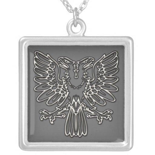 Eagle principal doble de plata colgante cuadrado