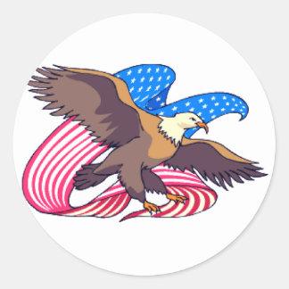 Eagle que enarbola pabellón pegatina redonda
