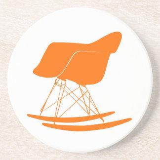 Eames moldeó la mecedora plástica posavasos diseño