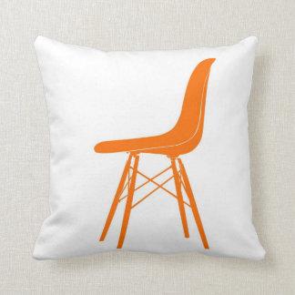 Eames moldeó la silla lateral plástica almohadas