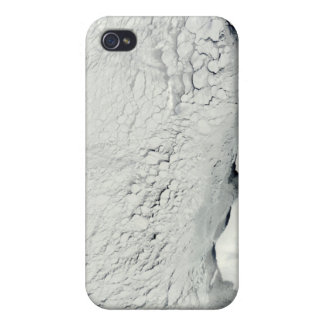 Early spring in the Antarctic iPhone 4/4S Cases