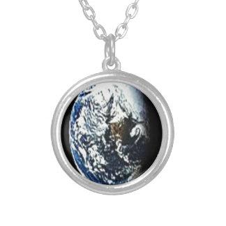 earth-2pd - Copy.jpg Colgante Redondo