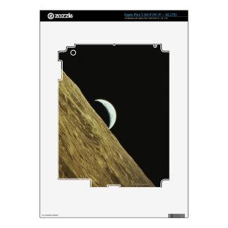 Earth and Moon iPad 3 Skins