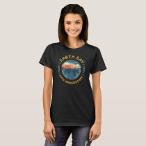 Earth Day 2020 50th Anniversary Retro Graphic T-Shirt