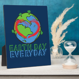 Earth Day: Keep Mother Nature Green & Recycled Plaque