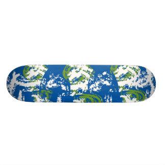 Earth, Earth, Earth Skateboard