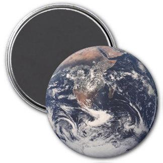 Earth Magnet