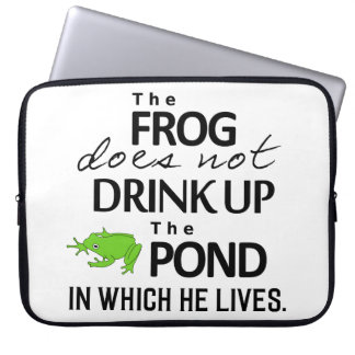 Earth Wisdom - The Frog Does Not Drink Up... Laptop Sleeve
