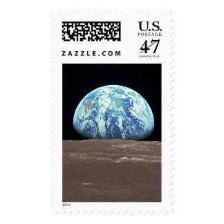 Earthrise de la luna estampillas