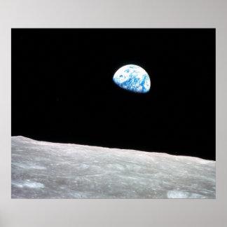 Earthrise - la perspectiva lunar póster