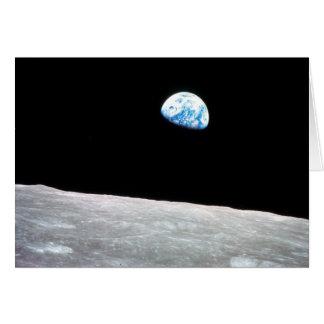 Earthrise - la perspectiva lunar tarjetón