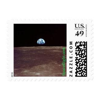 Earthrise sobre la luna estampillas