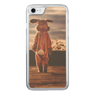 Easter Bunny walking Carved iPhone 8/7 Case