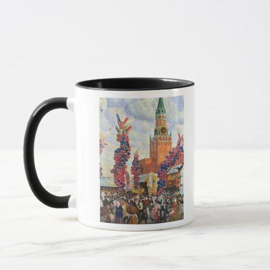 Easter Market at the Moscow Kremlin, 1917 Mug