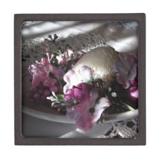 Easter place setting jewelry box