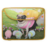 Easter - Pug -Hannah Sleeves For MacBook Pro