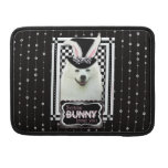 Easter - Some Bunny Loves You - Eskie MacBook Pro Sleeve