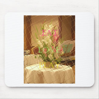 Eat Love Play Flowers for all beautiful seasonal o Mouse Pad