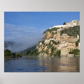 Ebro River (Ria Ebre); Templar castle;  early Print