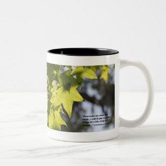 Eclesiastes 3-1 con Hojas Two-Tone Coffee Mug