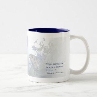 Eclesiastés 9:2 Taza Two-Tone Coffee Mug