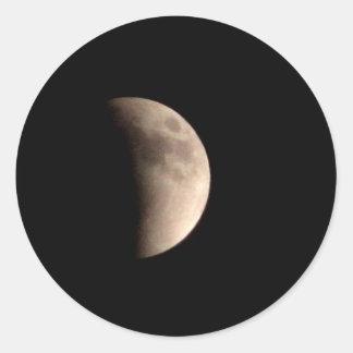 Eclipsar la luna pegatina redonda