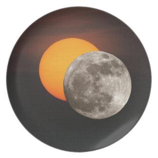 Eclipse Plato Para Fiesta