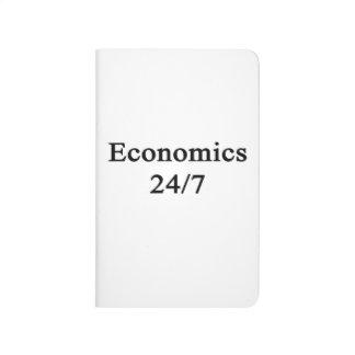 Economía 24/7 cuadernos grapados