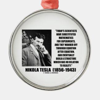 Ecuación de los científicos de Nikola Tesla Adorno Redondo Plateado