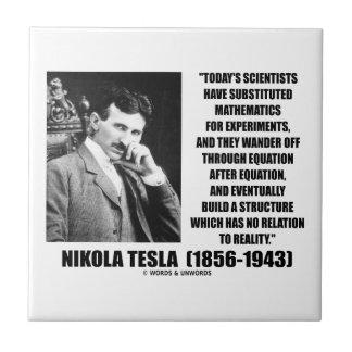 Ecuación de los científicos de Nikola Tesla ningun Azulejo Cuadrado Pequeño