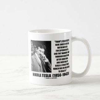 Ecuación de los científicos de Nikola Tesla ningun Taza Básica Blanca