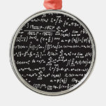 Ecuaciones de la matemáticas de la pizarra adorno navideño redondo de metal