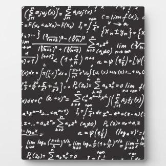 Ecuaciones de la matemáticas de la pizarra placas