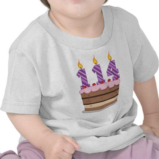 Edad 114 en la torta de cumpleaños camisetas