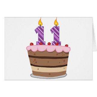 Edad 11 en la torta de cumpleaños tarjeta de felicitación