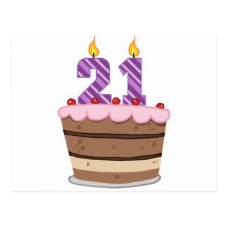 Edad 21 en la torta de cumpleaños tarjeta postal