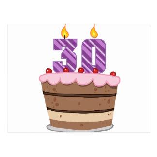 Edad 30 en la torta de cumpleaños postales