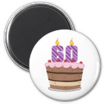 Edad 60 en la torta de cumpleaños imán redondo 5 cm