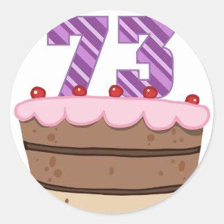 Edad 73 en la torta de cumpleaños etiqueta