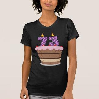 Edad 73 en la torta de cumpleaños playera